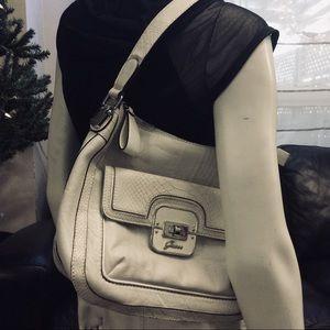 Vintage off-white Guess vegan leather shoulder bag